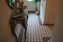 Victorian hallway Harrogate kingsley border original style