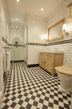 Victorian bathroom Artworks Dorchester pattern
