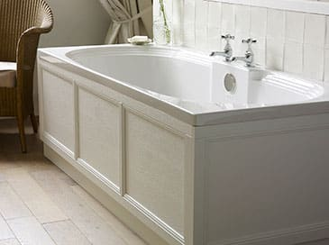 Heritage fitted acrylic bath